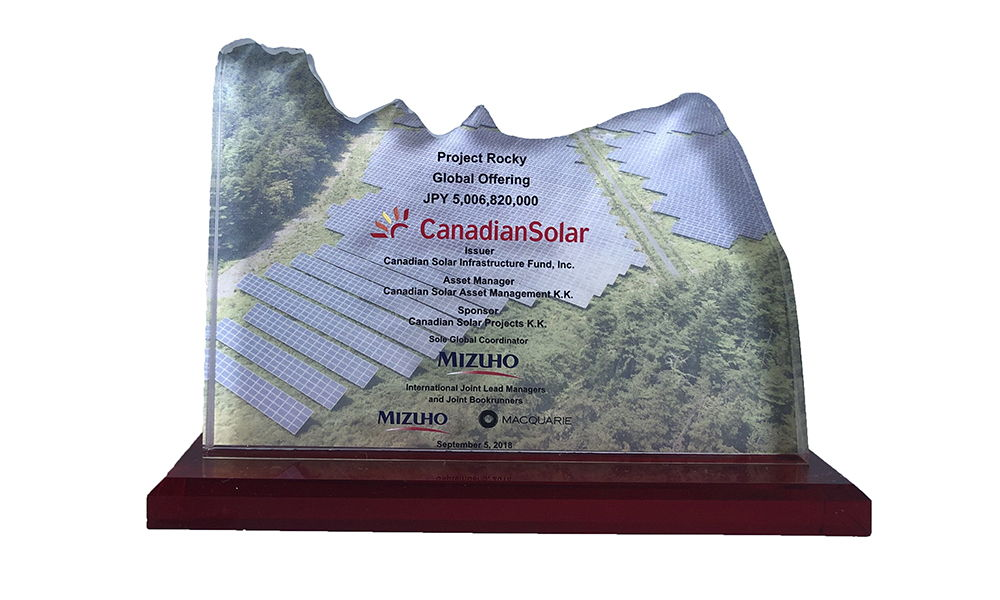 Crystal Tombstone for Solar IPO