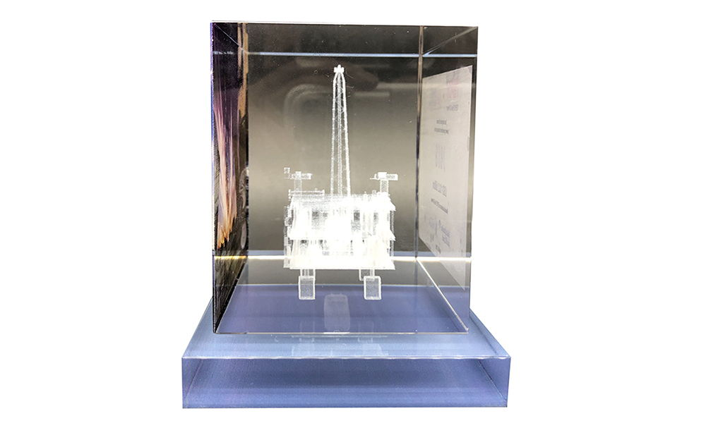 Crystal Deal Toy with 3-D Etched Oil Rig
