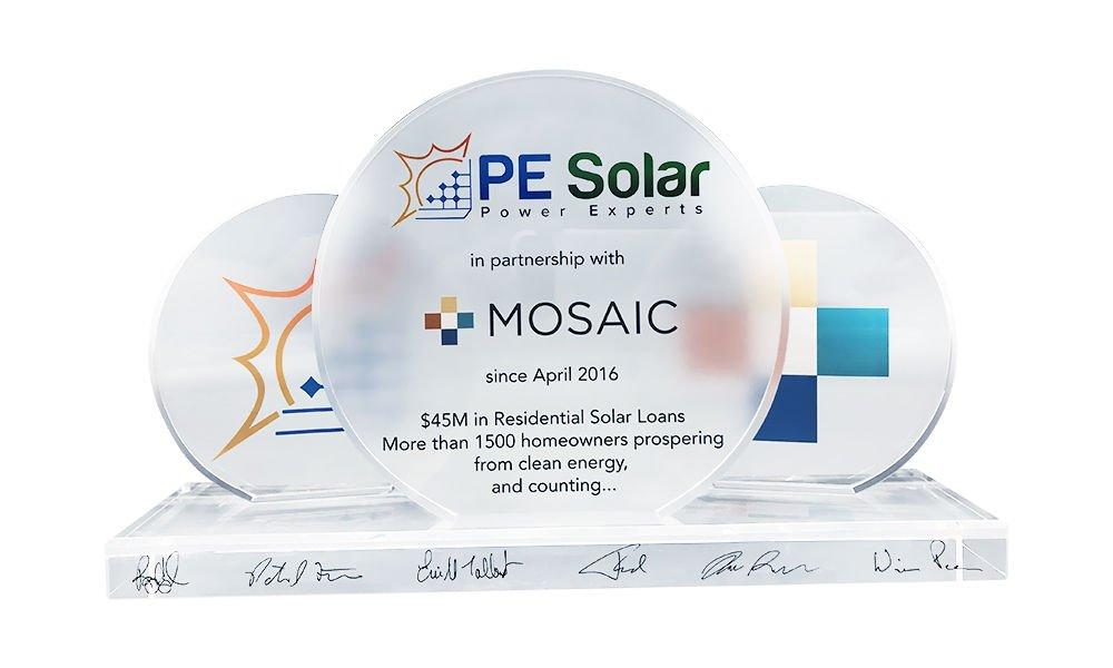 Solar-Themed Crystal Team Award