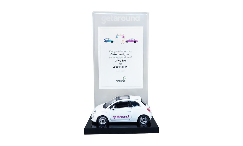Carsharing-Themed Deal Toy