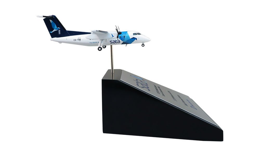Airplane-Themed Financial Tombstone